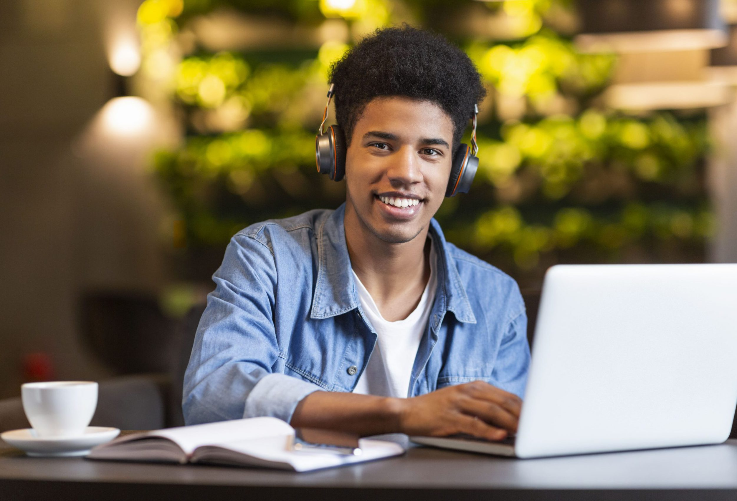 Teenager Learning Online